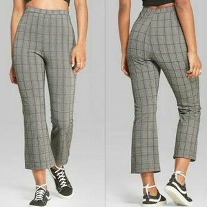 Wild fable L Plaid kick flare crop stretch pants